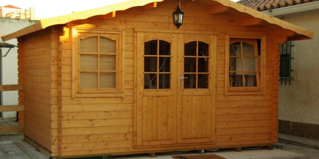 Consejos para el tratamiento de la madera exterior casas - Casa de madera jardin ...